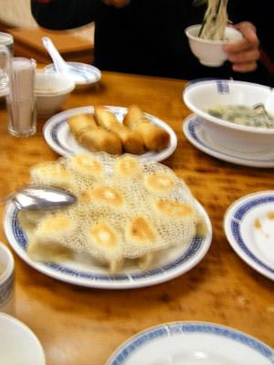 動画×グルメ検索サイト「ミーツ meeats.」で飲食店の外観や内装もチェックOK