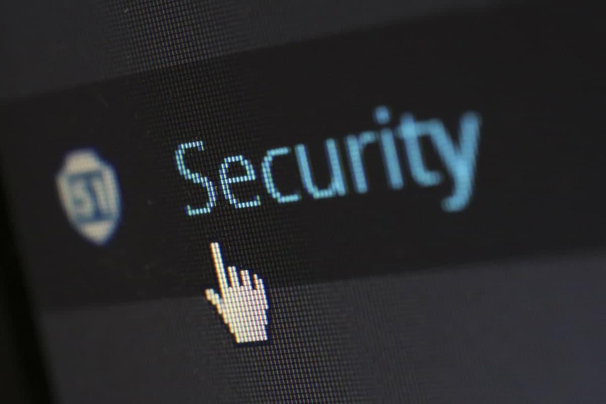 Googleセキュリティ強化。Chrome ブロック 防ぐ webサイト 対応 方法