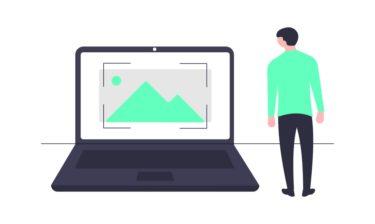 Zoho CRM ゾーホー なら AI で 営業先 レコメンド!中小企業 に おすすめ CRM